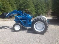Ford 3000 47HP LOADER TRACTOR