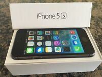 Iphone 5S Bell/Virgin 16 gbs - LIKE NEW
