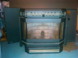 FOR SALE : Enviro (EF3) pellet stove fireplace insert