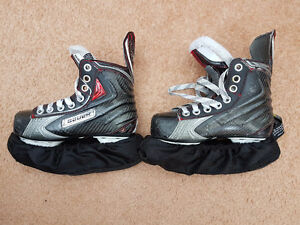Bauer Vapor X100 Ice Hockey Skates - Youth size 12.5