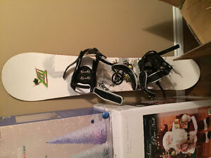 Fox racing special edition snow board - used once