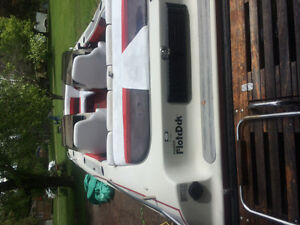 Deck boat for sale