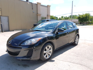 2013 Mazda3 Sport GX HB**Accident free & One owner**