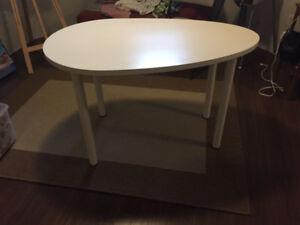 White Ikea Egg Shaped Table/desks