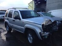 Jeep Cherokee 3.7 petrol auto / breaking all parts available