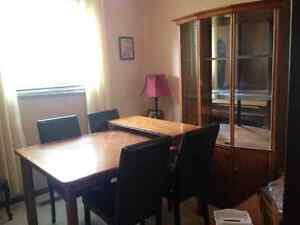 Dining table chairs & cabinet Cambridge Kitchener Area image 1