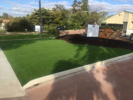 Artificial Lawn - End of Roll Clearance