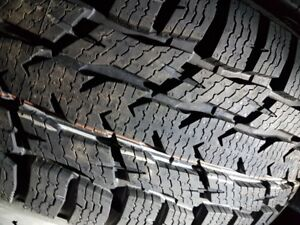 4 x FORD TRANZAT tire lt205-65-r16 WINTER NOKIAN CVAN LT (12-32