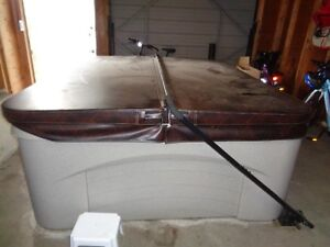 hottub buy or sell a hot tub or pool in calgary kijiji classifieds. Black Bedroom Furniture Sets. Home Design Ideas
