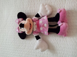 brand new large minnie mouse