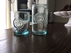 Beautiful blue drinking glasses - vintage style