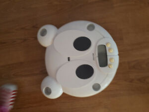 Electronic baby and toddler scale