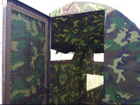 Camo hunting bale blind