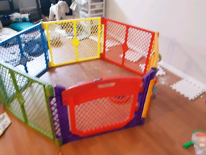 Safety baby play pen