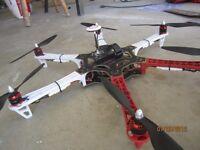 Hexacopter DJI F550 Flamewheel (E305) with Naza-M V2 & GPS + Bluetooth + Spektrum Receiver DRONE