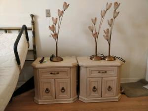 Set de chambre en bois peint