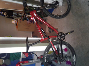 2016 Kona Precept 120 Mountain bike