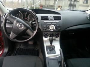 2011 Mazda Mazda3 GX Hatchback Kingston Kingston Area image 4