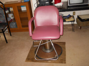 Hairstylist Chairs