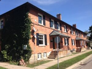 2 Bedroom in Yates District near Montebello Park - Fully Reno'd