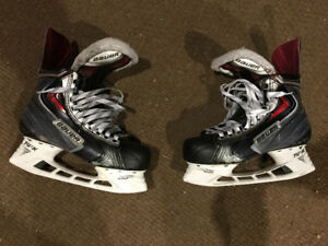 Bauer Apx2 Hockey Skates
