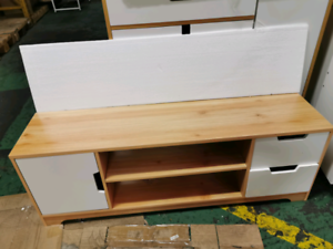 Brand new Pine 120cm Tv stand entertainment unit with drawers