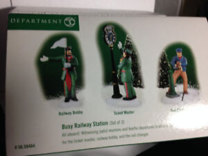 DEPARTMENT 56 - BUSY RAILWAY STATION - ACCESSORY #58464