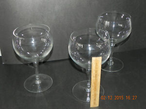 Extra BIG wine glasses (reduced price )To $5.00 West Island Greater Montréal image 2