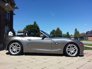 2003 BMW Z4 2.5i Roadster- *Ready for Summer*