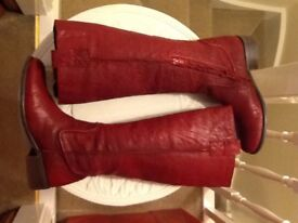 👢❤️☃ INVITO lovely soft red leather boots size 6