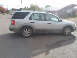 2005 Ford FreeStyle/Taurus X Yes SUV, Crossover