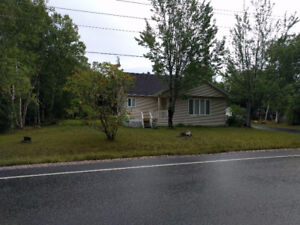 PASADENA. 3 BEDRMS 1/2 ACRE LOT GREAT LOCATION PRICE NEGOTIABLE