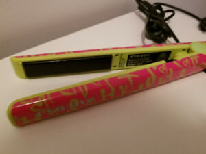 Professional hair styler/ flat iron/ curler