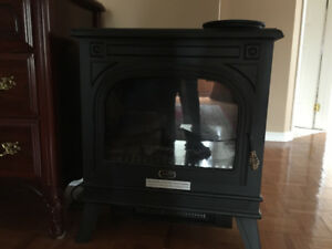 Sunbeam Electric Fireplace (Black)