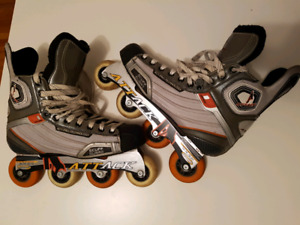 Patin à roues alignées - Roller hockey