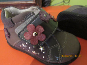 Brand new leather baby boots for 6 - 12 months