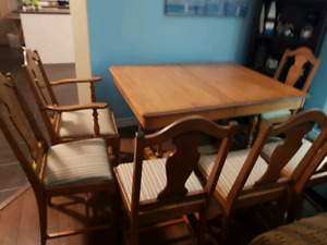 SOLID HARDWOOD OAK DINING ROOM SIX CHAIRS SET