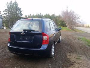 2008 Kia Rondo SUV, Crossover