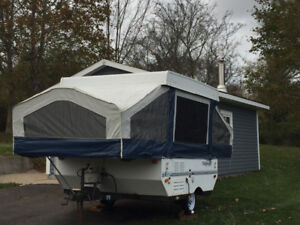 Reduced Price! 2000 Flagstaff pop up camper in Great Condition!