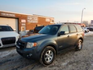 FORD ESCAPE 2008 AUTOMATIQUE 4*4 LIMITED