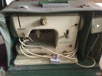 Bernina 700 sewing machine - seems to be in working order!
