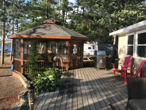 Cottage For Rent on Round Lake