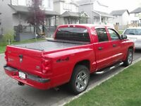 SUPER CLEAN Dodge Dakota SLT 4x4 Pick-Up Truck