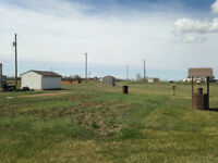 Fully serviced acreage just north of Beiseker