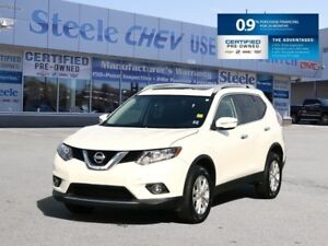 2015 NISSAN ROGUE SV - Sunroof, Alloys, Heated Seats and more!