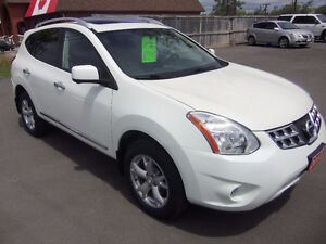 2013 Nissan Rogue SL AWD ( 2 yrs Warranty included )