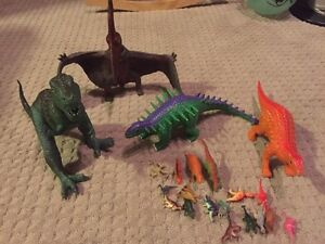 Lot of 22 various size Dinosaurs