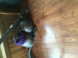 Dyson vacuum in perfect working condition.
