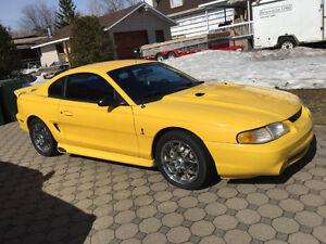 Ford Mustang SVT Cobra 1998