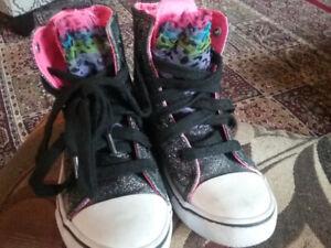Cute Hightop Sneakers size 12